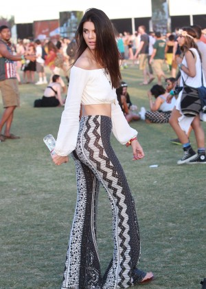 Kendall Jenner at 2014 Coachella -02