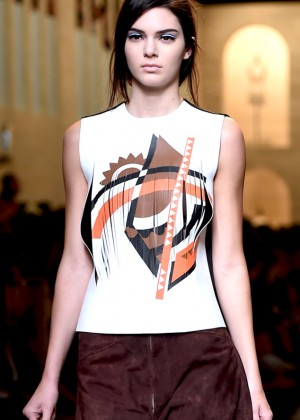 Kendall Jenner - Fendi Fashion Show in Milan