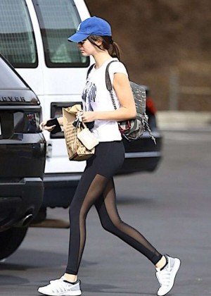 Kendall Jenner in Leggings Out in Los Angeles
