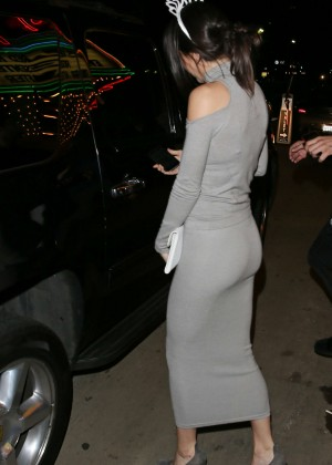 Kendall Jenner: Just Jareds Homecoming Dance -10