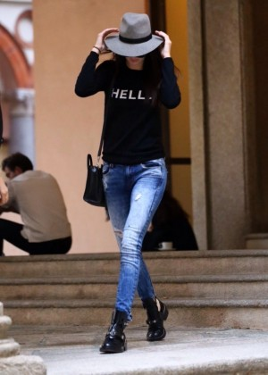 Kendall Jenner in Jeans out in Milan