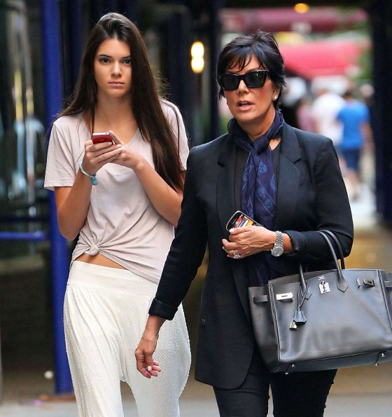 Kendall Jenner – With Her Mom in NYC-06