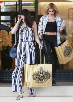 Kendall Jenner: Shopping at Barneys NY -04