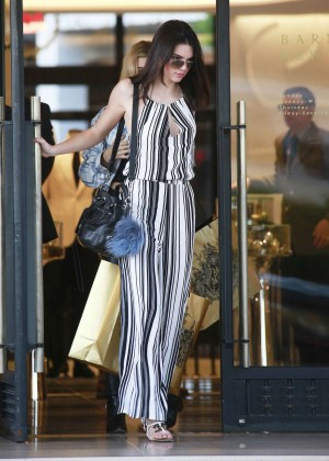 Kendall Jenner: Shopping at Barneys NY -16