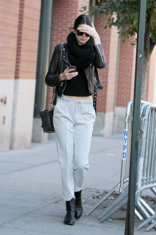 Kendall Jenner Street Style In Ny 02 Gotceleb