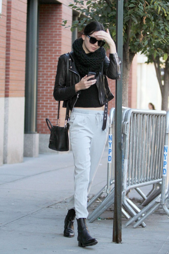 Kendall Jenner Street Style In Ny 06 Gotceleb