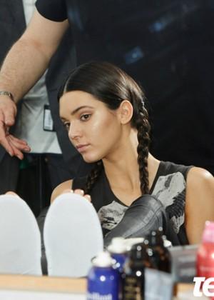 Kendall Jenner: Teen Vogue 2014-22