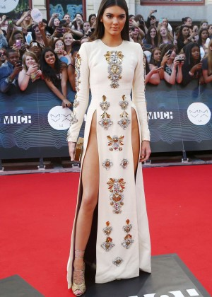 Kendall Jenner - 2014 MuchMusic Video Awards-06