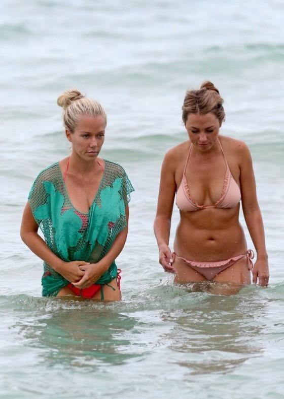 Kendra Wilkinson - Bikini Candids in Miami -01