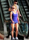 kendra-wilkinson-leggy-candids-at-dancing-with-the-stars-10