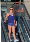 kendra-wilkinson-leggy-candids-at-dancing-with-the-stars-14
