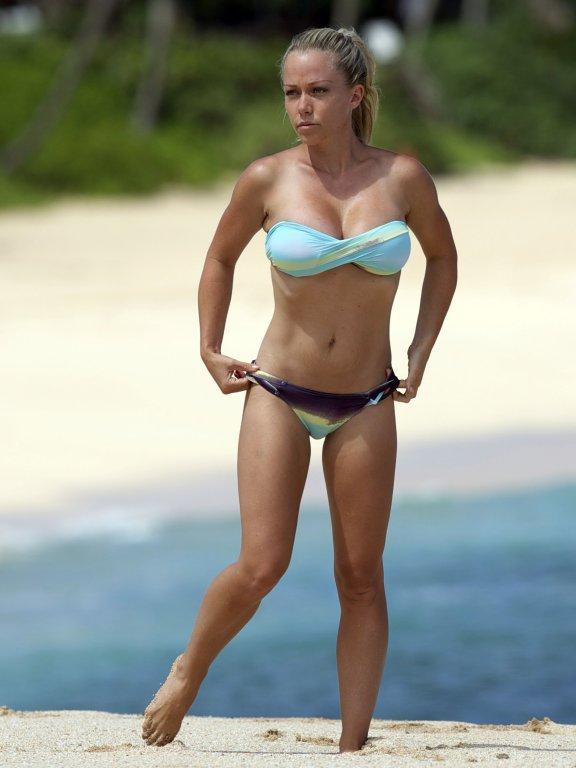 Kendra wilkinson bikini