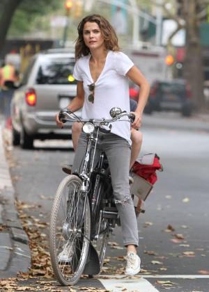Keri Russell - Riding a Bike in Brooklyn