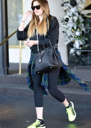 Khloe Kardashian in Spandex Leaving the gym in Beverly Hills