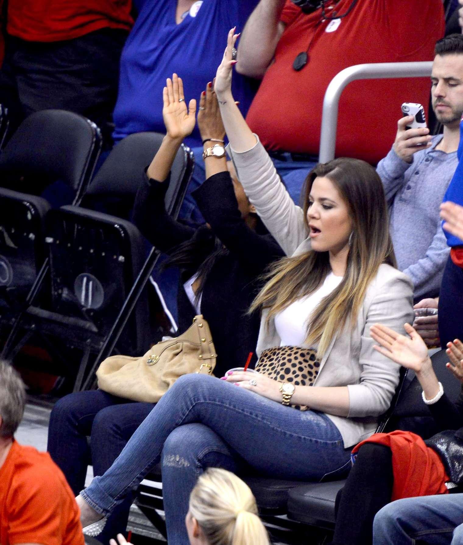 Khloe Kardashian 2013 : Khloe Kardashian at the LA Clippers game -08