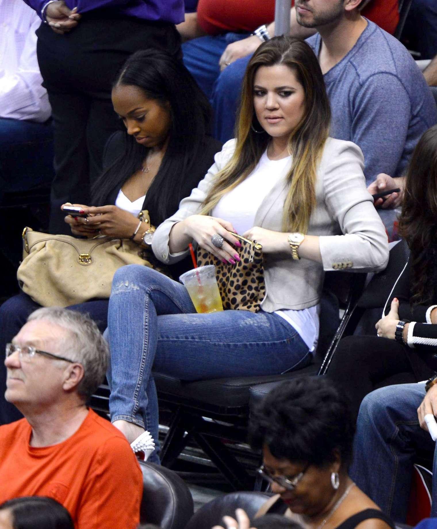 Khloe Kardashian 2013 : Khloe Kardashian at the LA Clippers game -11