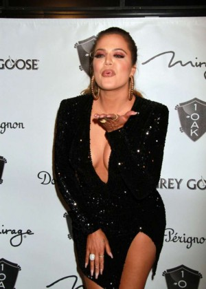 Khloe Kardashian in Tight Dress Hosts at 1 OAK Nightclub in Las Vegas