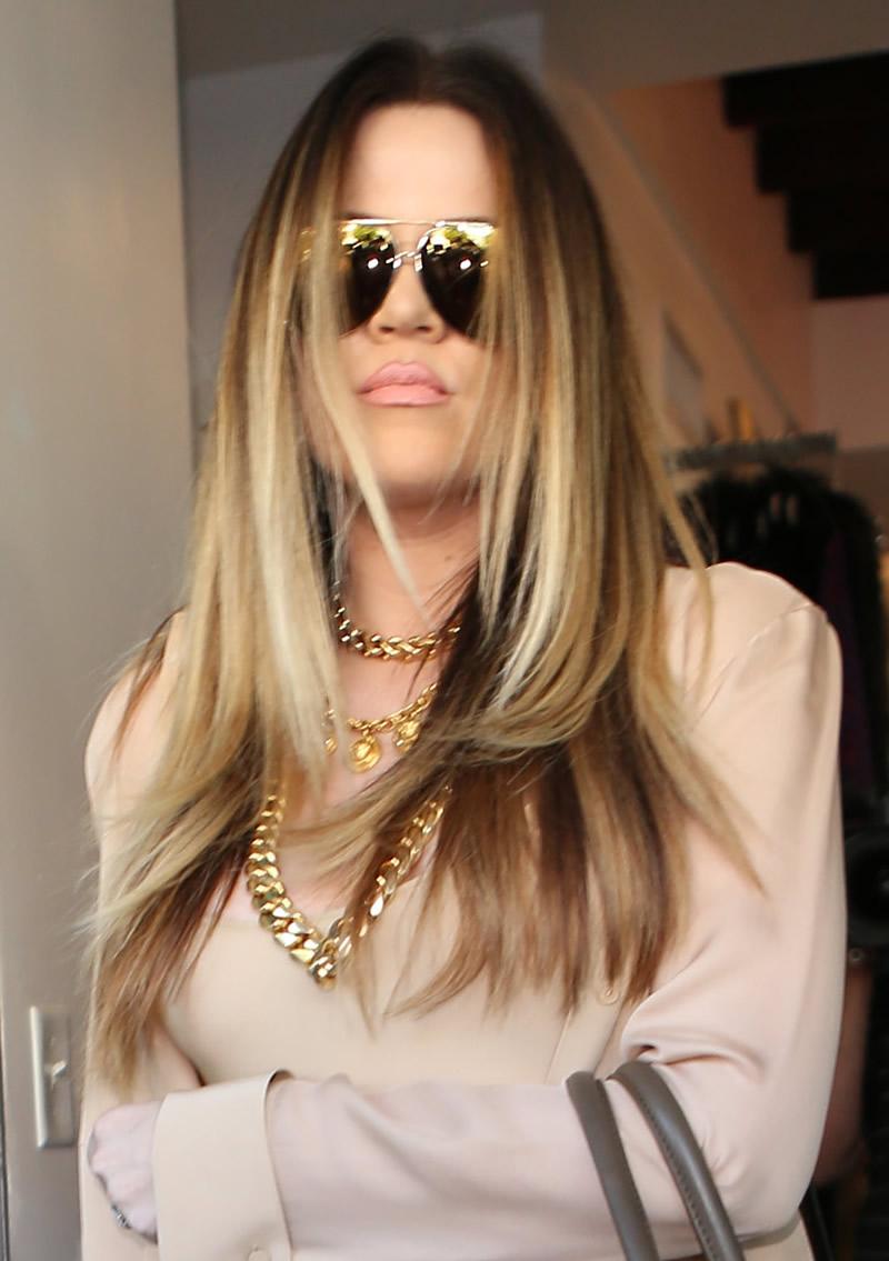 Khloe Kardashian 2013 : Khloe Kardashian shopping candids at Kitson in Beverly Hills -02