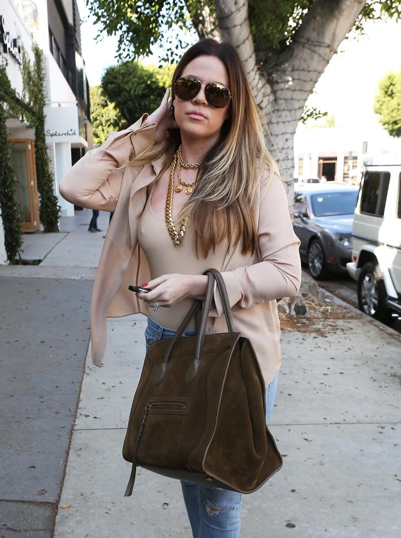Khloe Kardashian 2013 : Khloe Kardashian shopping candids at Kitson in Beverly Hills -03