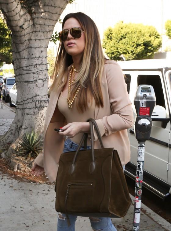 Khloe Kardashian shopping candids at Kitson in Beverly Hills -12