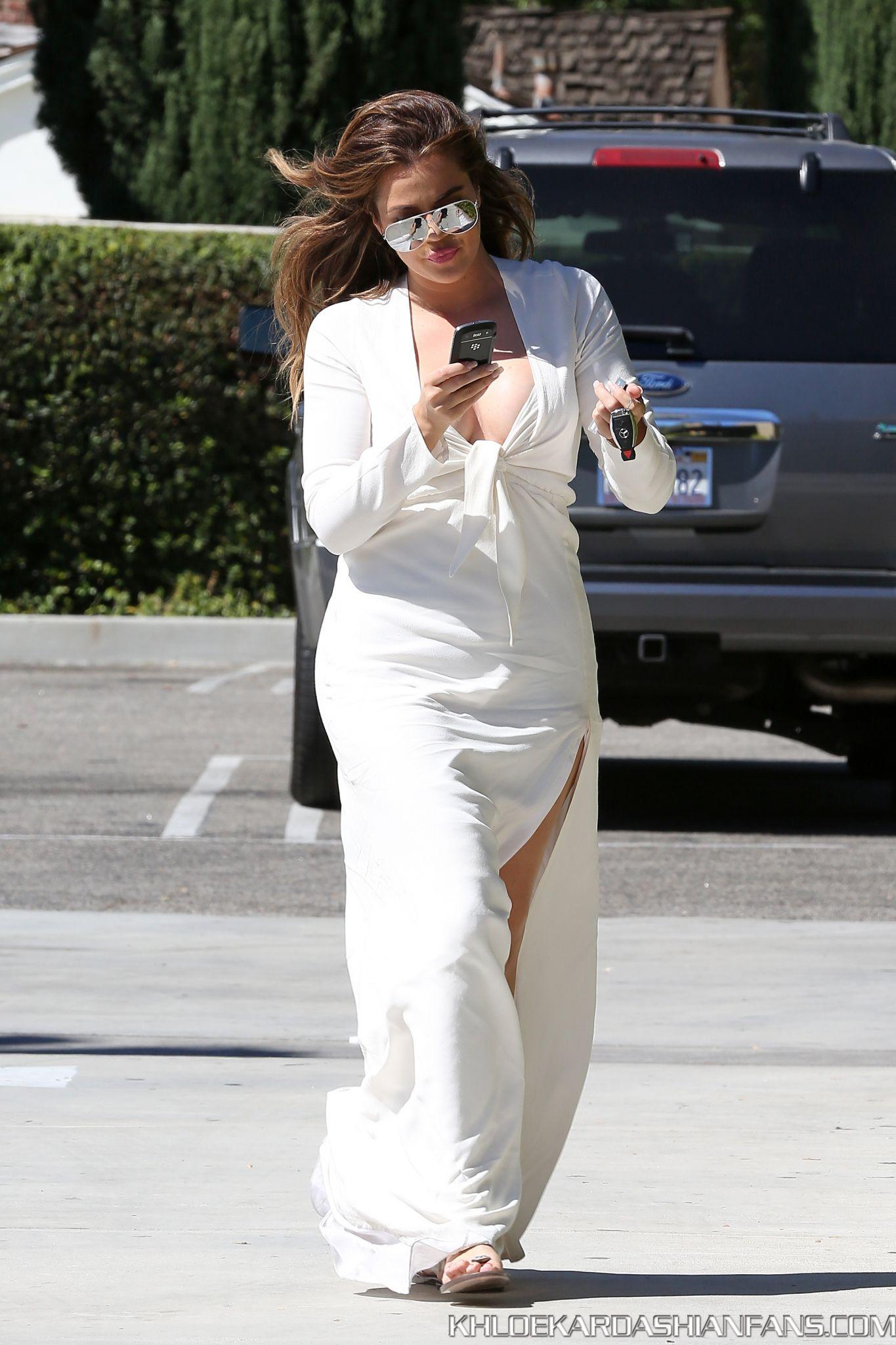 Khloe Kardashian 2014 : Khloe Kardashian in White Dress -13