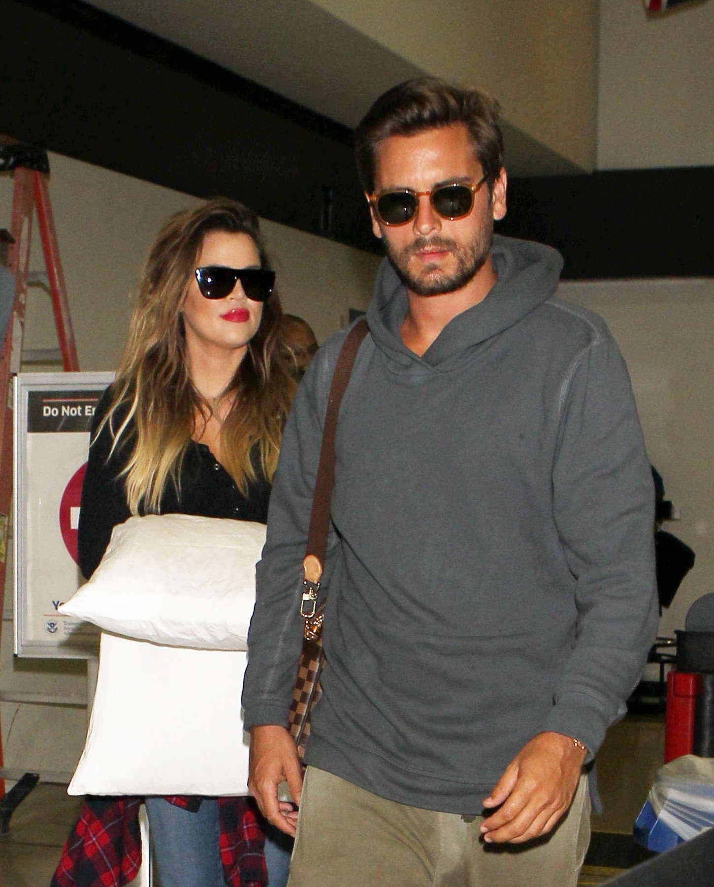 Khloe Kardashian 2014 : Khloe Kardashian with Scott Disick at LAX airport -04