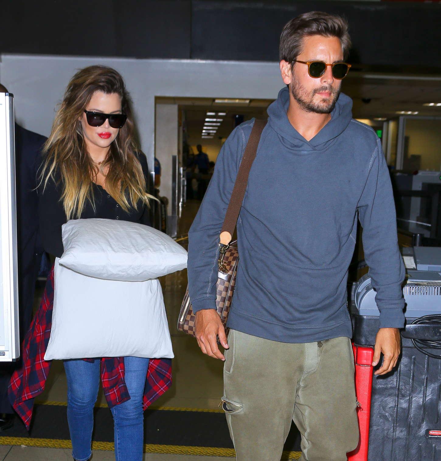 Khloe Kardashian 2014 : Khloe Kardashian with Scott Disick at LAX airport -05
