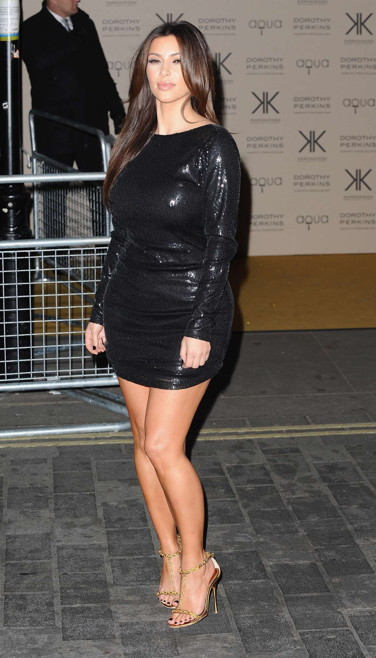 Kim Kardashian Kollection Clothing In London 01 Gotceleb