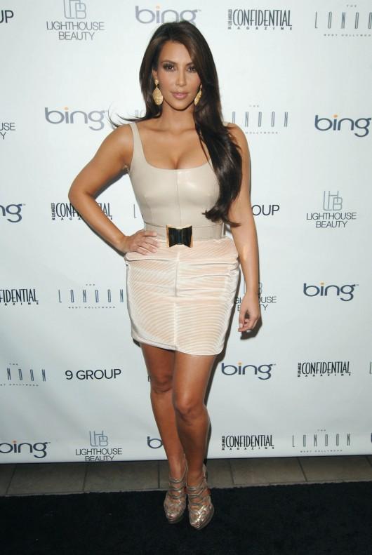 http://www.gotceleb.com/wp-content/uploads/celebrities/kim-kardashian/2010-la-confidential-magazine-fall-fashion-issue-celebration/kim-kardashian-2010-la-confidential-magazine-fall-fashion-issue-celebration-12-530x791.jpg
