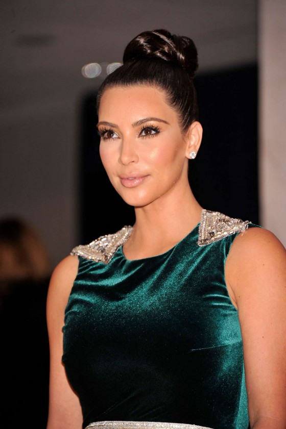 Kim Kardashian – White House Correspondents Association Dinner-02