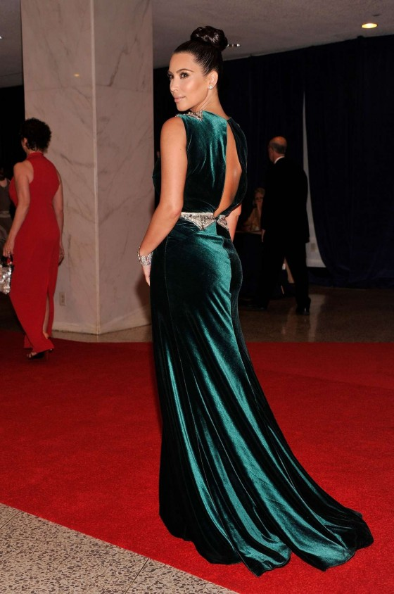 Kim Kardashian – White House Correspondents Association Dinner-03
