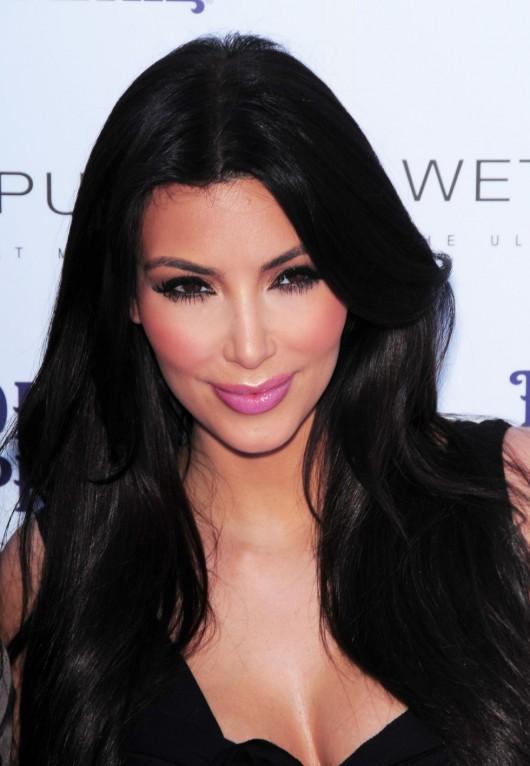 kim-kardashian-kourtney-kardashian-birthday-party-in-las-vegas-05
