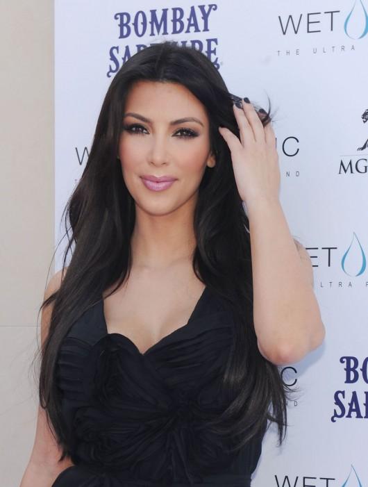 kim-kardashian-kourtney-kardashian-birthday-party-in-las-vegas-14