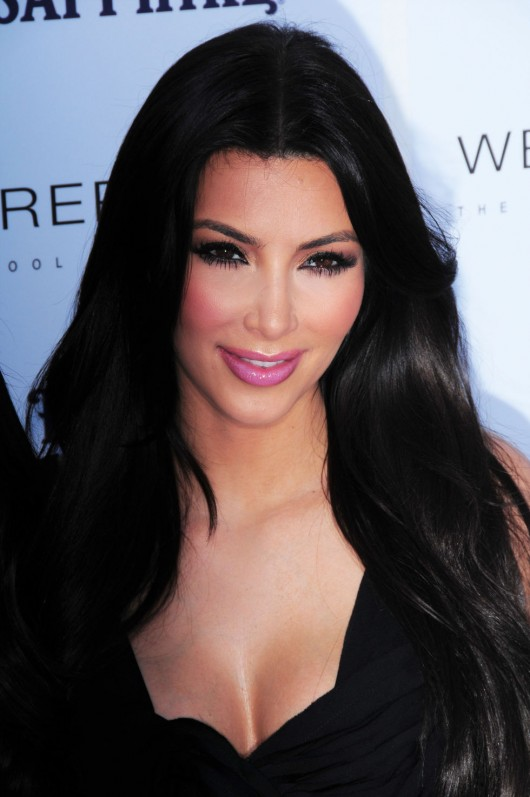 kim-kardashian-kourtney-kardashian-birthday-party-in-las-vegas-20