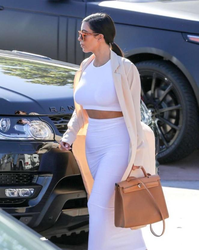 Kim Kardashian in White Skirt Arriving at Geoffrey's in Malibu