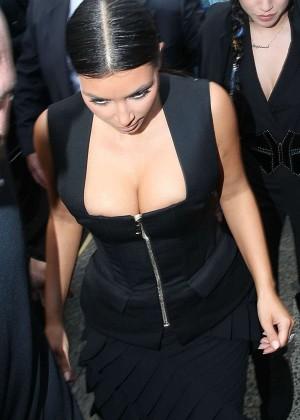 Kim Kardashian in Tight Dress - Arriving at Icebergs Restaurant in Sydney