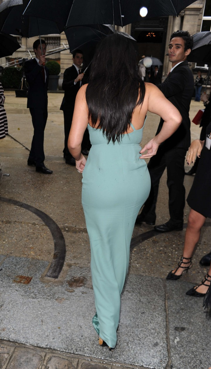 Kim Kardashian Hot Photos: Fashin Week 2014-08
