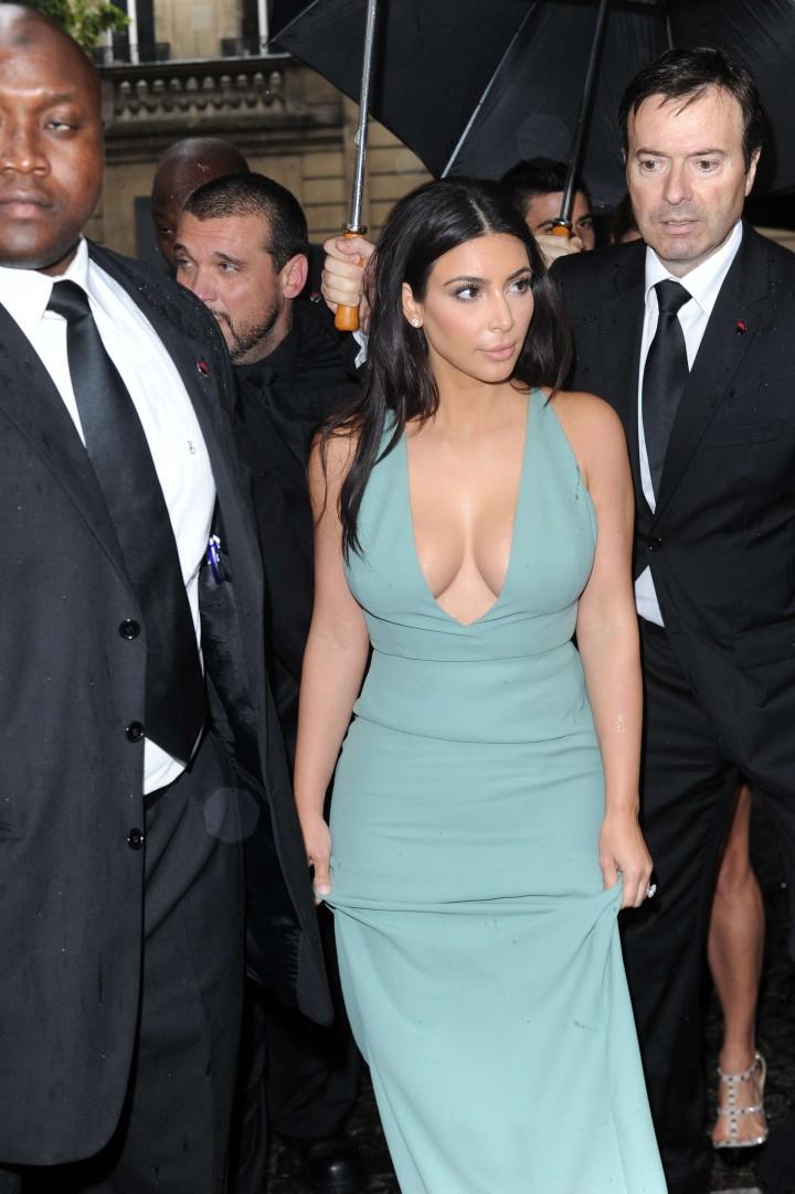Kim Kardashian Hot Photos: Fashin Week 2014-15