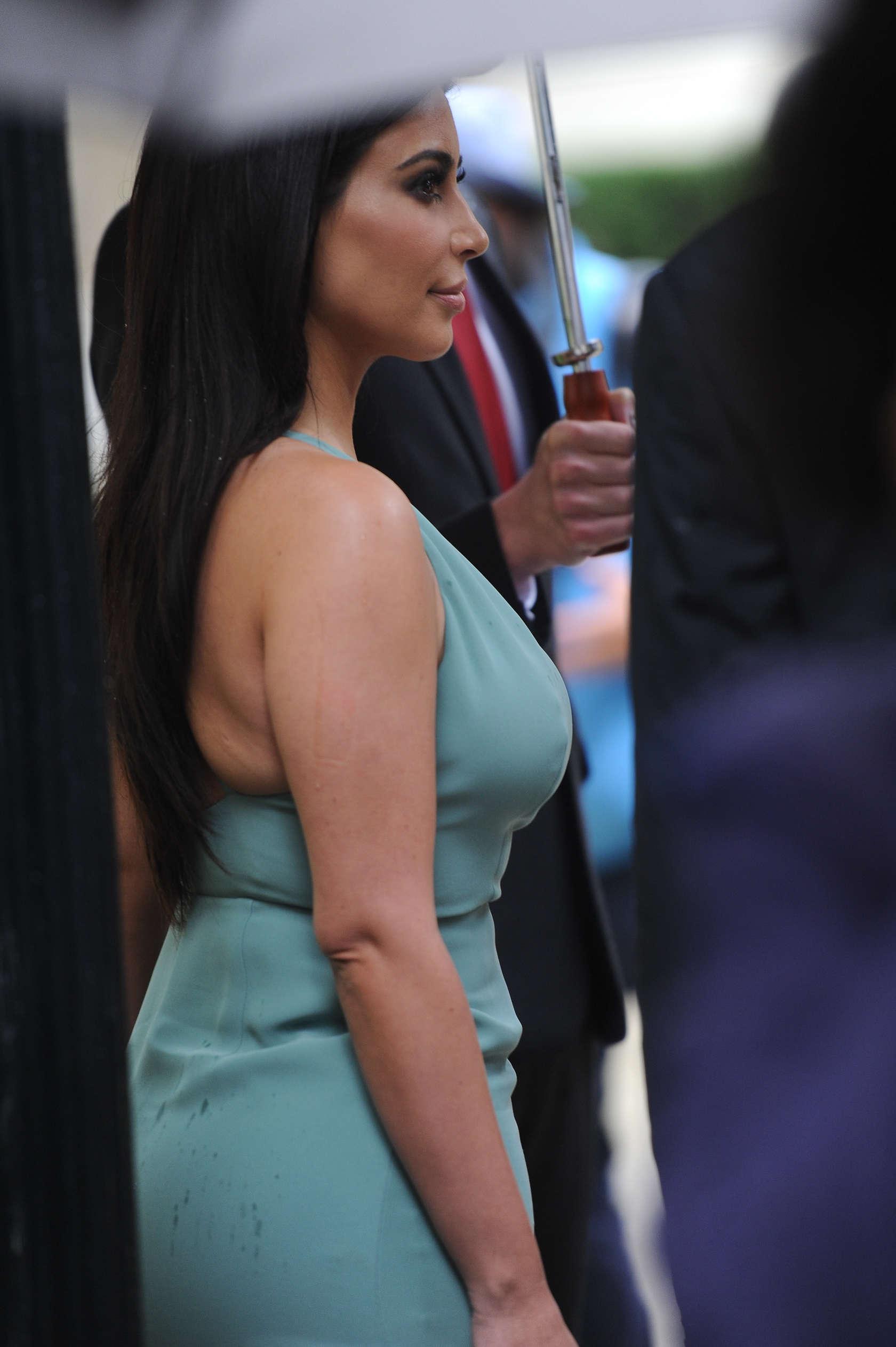 Kim Kardashian Bandage Bikini - Kim Kardashian Phenomenal Star