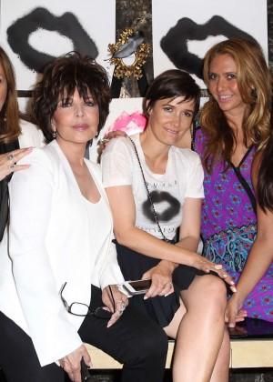 Kim Kardashian: Cassandra Huysentruyt Grey Hosts Artist -02