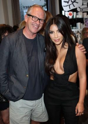 Kim Kardashian: Cassandra Huysentruyt Grey Hosts Artist -06