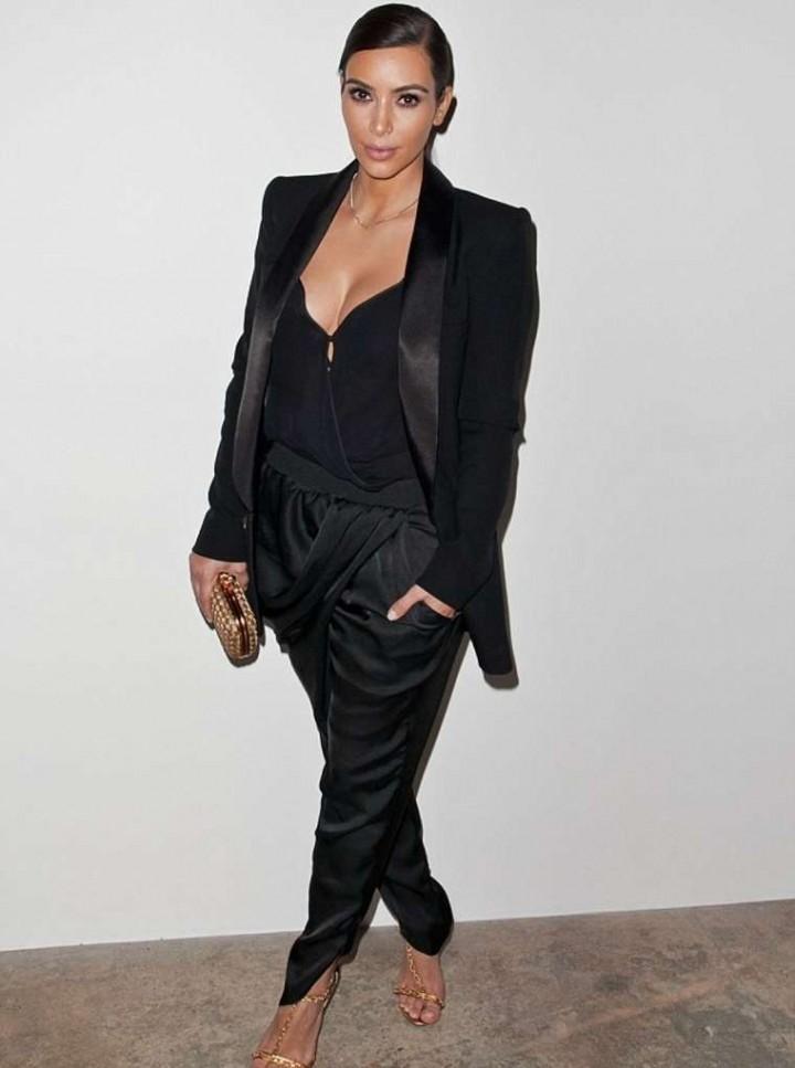 Kim Kardashian – Congressional Candidate Marianne Williamson Press Event in LA