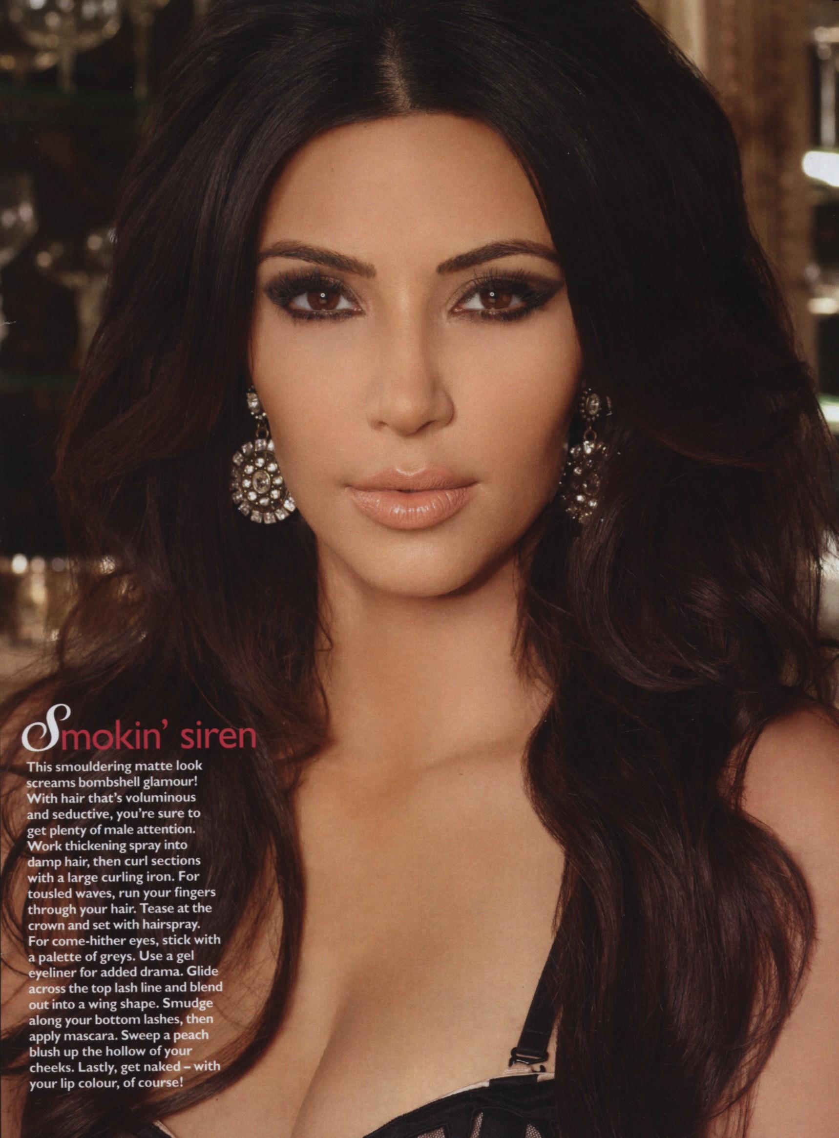 Kim Kardashian Cosmo Magazine Australian June 2011 03