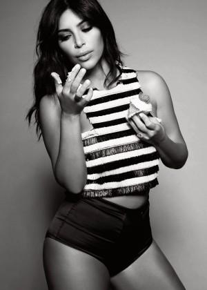Kim Kardashian - Elle UK Magazine (January 2015)