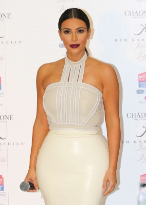 Kim Kardashian - 'Fleur Fatale' Fragrance Launch in Melbourne