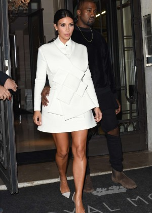 Kim Kardashian - Going to a Fashion Week Party in Paris