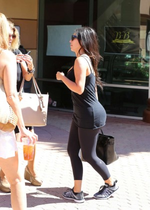 Kim Kardashian at gym in Calabasas -12