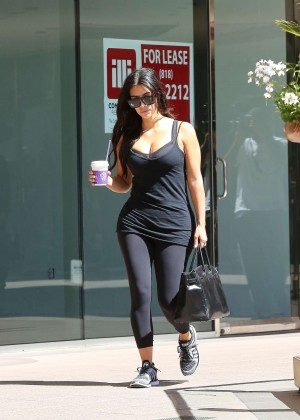 Kim Kardashian at gym in Calabasas -13