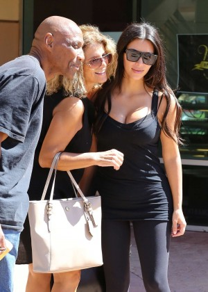 Kim Kardashian at gym in Calabasas -16