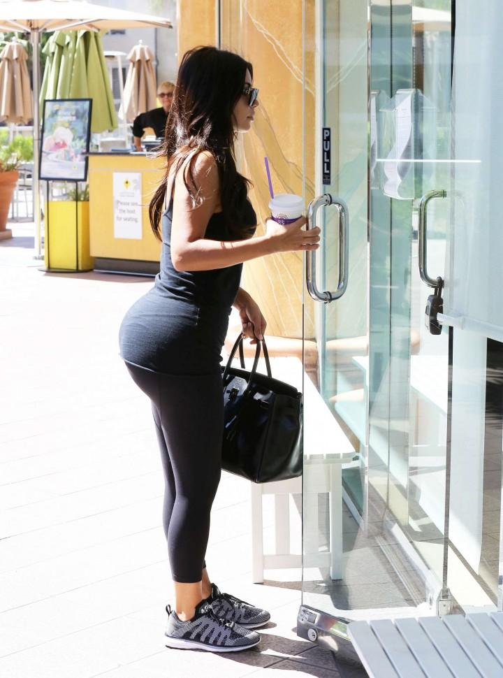Kim Kardashian at gym in Calabasas -17